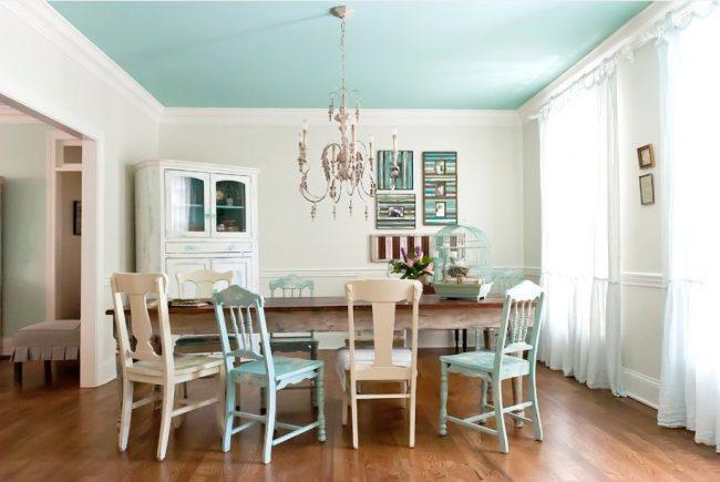 Pintar el techo de color ideas y fotos ecoraideas for Pintar techo cocina