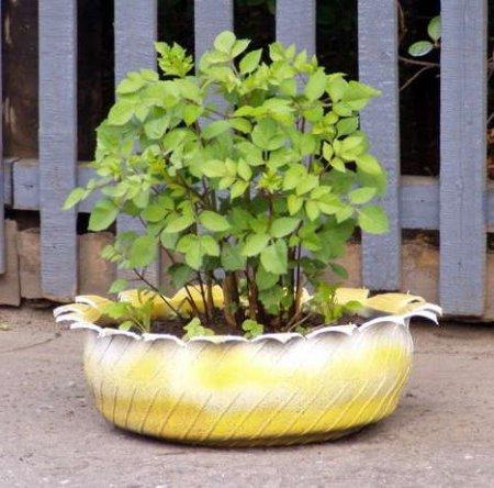 Neum ticos reciclados en decoraci n ecoraideas for Decoracion con neumaticos