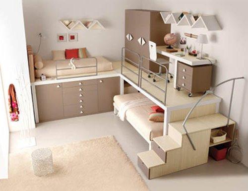 se coloca el escritorio justo debajo de la cama de esta forma la cama y el escritorio ocupan el mismo espacio en el dormitorio
