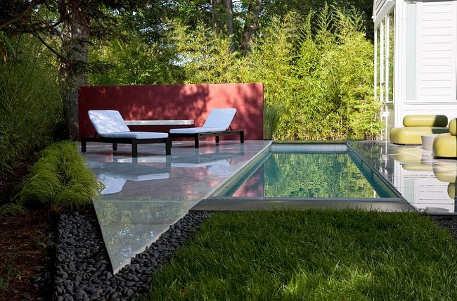 una piscina pequea puede ser ms que suficiente para dar relax a los mayores o diversin a los pequeos - Jardines Pequeos Con Piscina