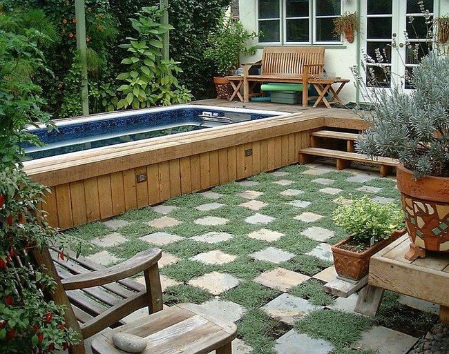 Jardines peque os 70 fotos e ideas - Piscinas para espacios reducidos ...