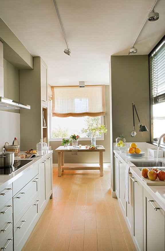 Cocinas peque as modernas 2019 2018 de 150 fotos e ideas for Decoracion cocinas estrechas alargadas
