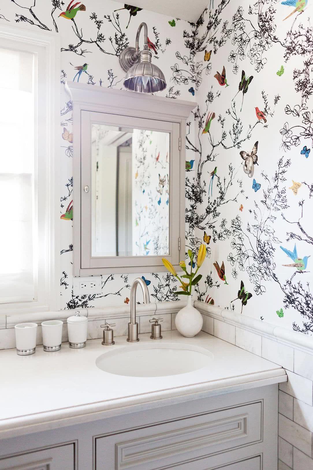 Decoraci n de paredes del ba o vinilos papel o azulejos - Decoracion de papel para paredes ...