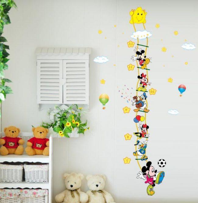 Habitaciones infantiles 30 fotos e ideas de decoraci n for Papel para tapizar paredes