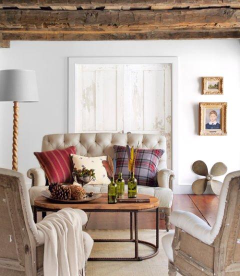 salón con sofá pequeño