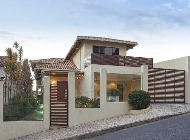 Fachadas de casas modernas 2019 2018 de 70 fotos for Fachadas para residencias
